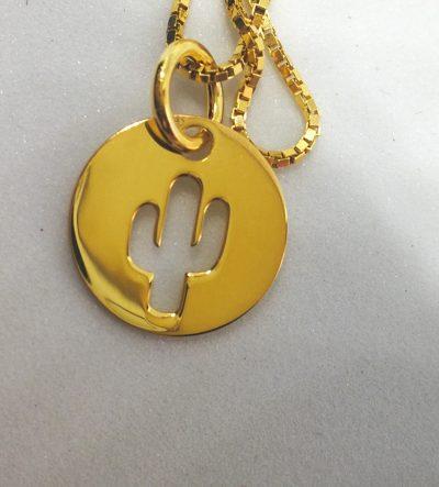 Colgante Medalla Bañado en oro